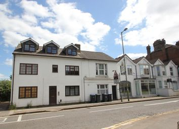 1 bed maisonette to rent in Church Mews, Station Road, Addlestone KT15