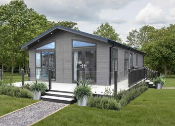 Thumbnail 3 bed bungalow for sale in Delamere Lakes Holiday Park, Chester Road, Oakmere, Northwich