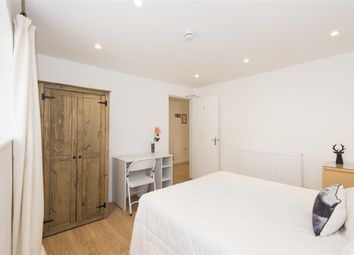 Thumbnail 3 bed flat to rent in Basement Flat, Lower Oldfield Park, Bath
