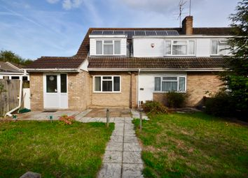 Thumbnail 6 bed property for sale in Kingfisher Drive, Woodley, Reading