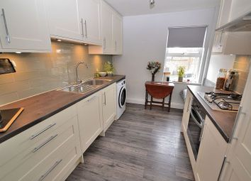 Thumbnail 2 bed flat for sale in Hockliffe Road, Leighton Buzzard