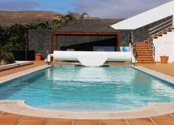 Thumbnail 6 bed chalet for sale in Puerto Calero, Tias, Spain