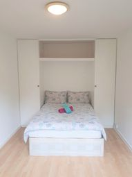 Room to rent in Tavistock Cress, London W11