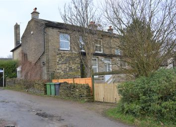 Thumbnail 4 bedroom detached house to rent in Back Green, Outlane, Huddersfield