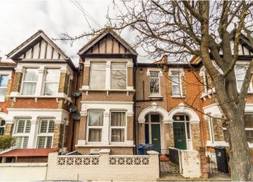 Thumbnail 1 bed flat for sale in Laurel Gardens, Hanwell