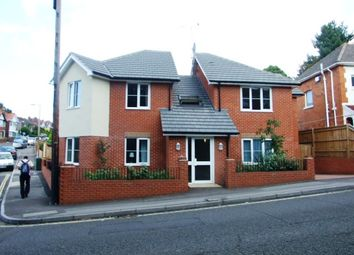 Thumbnail 1 bed flat to rent in Dale Road, Shirley