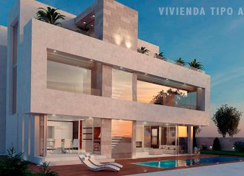 Thumbnail Semi-detached house for sale in Avenida Cardenal Herrera Oria, Madrid (City), Madrid, Spain