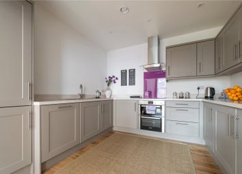 Tuns Lane, Henley-On-Thames, Oxfordshire RG9. 2 bed flat