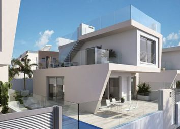 Thumbnail 3 bed villa for sale in Mil Palmeras, Orihuela Costa, Spain