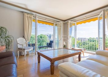 Thumbnail 3 bed apartment for sale in Neuilly Sur Seine, Neuilly Sur Seine, France