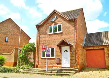 Thumbnail 3 bed link-detached house for sale in Lynmouth Crescent, Furzton, Milton Keynes