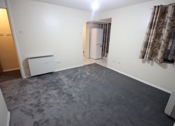 1 bed flat to rent in Scout Way, London NW7