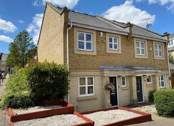 Kingfisher Drive, Greenhithe DA9. 3 bed semi-detached house