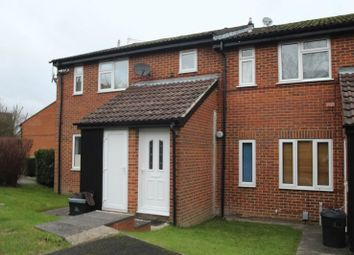 Thumbnail 1 bed flat to rent in Bevelwood Gardens, High Wycombe