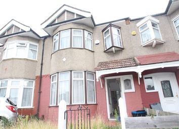 Thumbnail 3 bedroom property to rent in Fairway Gardens, Ilford