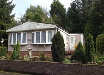 Thumbnail 2 bed mobile/park home for sale in Partridge Place, Turners Hill Park, Turners Hill, West Sussex