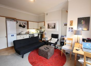 Thumbnail 1 bed flat to rent in Lavender Gardens, Battersea