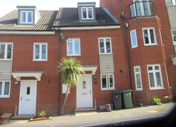 Thumbnail 3 bedroom town house to rent in Pomeroy Crescent, Hedge End, Southampton