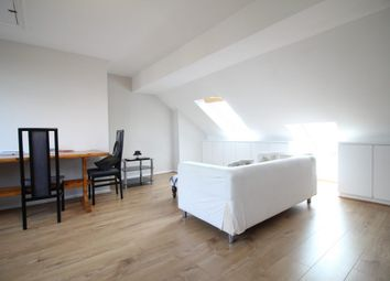 Thumbnail 2 bed flat to rent in Muswell Avenue, London