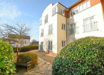 Thumbnail 2 bedroom flat for sale in Church Street, Walton-On-Thames