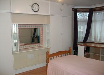 Thumbnail Room to rent in Sutton Hall Road, Heston