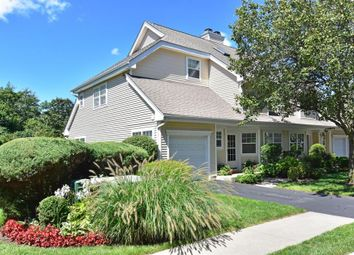 Thumbnail Town house for sale in 47 Winding Ridge Road, White Plains, New York, United States Of America