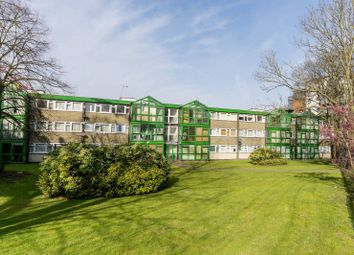 3 bed flat for sale in Master Gunner Place, Woolwich, London SE18