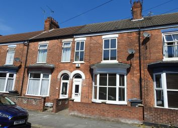 Thumbnail 3 bed terraced house to rent in Thoresby Street, Princes Avenue