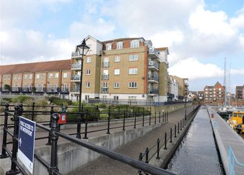 The Piazza, Eastbourne, East Sussex BN23. 2 bed flat