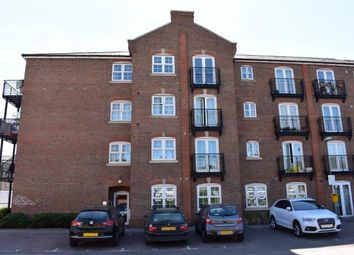 Thumbnail 2 bed flat for sale in Summers House, Coxhill Way, Aylesbury, Bucks