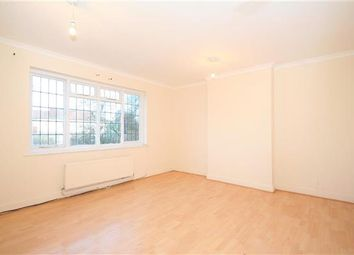 Thumbnail 2 bed flat to rent in Cornerways, Park Road NW4, Hendon