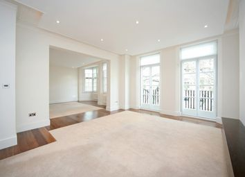 Thumbnail 4 bed flat to rent in Coleherne Court, Old Brompton Road
