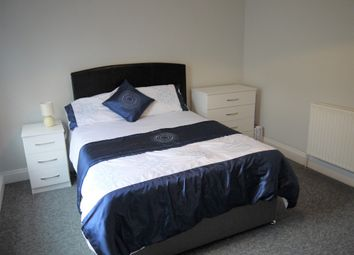 Thumbnail 4 bedroom shared accommodation to rent in Sydney Road, Chatham