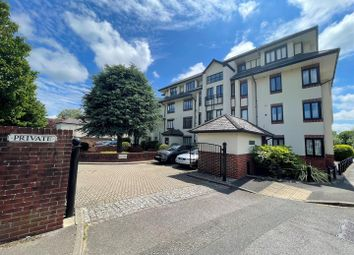 Thumbnail 1 bed flat to rent in Russell Road, Shepperton