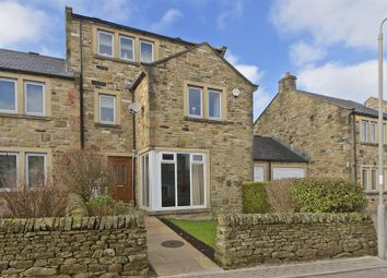 Thumbnail 4 bed town house for sale in Aspinall Rise, Hellifield, Skipton