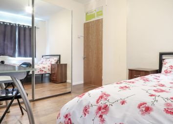 Thumbnail 2 bedroom shared accommodation to rent in Commercial Street, London