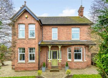 Thumbnail 4 bedroom detached house for sale in Beech Hill Road, Spencers Wood, Reading