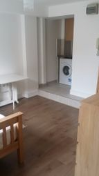 Thumbnail Studio to rent in Clarence Road, Homerton