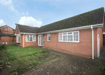 Thumbnail 2 bed detached bungalow to rent in Eastfield Road, Leamington Spa