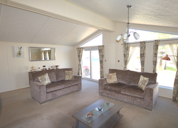 Vinnetrow Road, Runcton, Chichester PO20. 2 bed lodge for sale