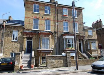 Thumbnail 1 bed flat to rent in Brookfield Road, Hackney
