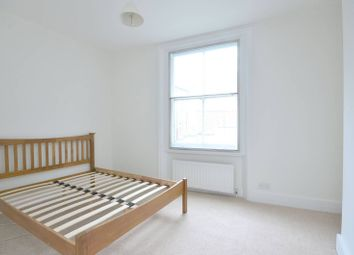 Thumbnail 2 bed flat to rent in New Kings Road, Hurlingham, London