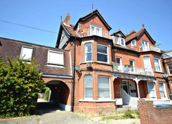 Thumbnail 2 bed flat to rent in Queens Road, Felixstowe