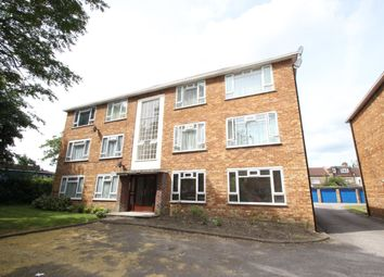 Thumbnail 1 bed flat to rent in Friern Barnet Lane, London