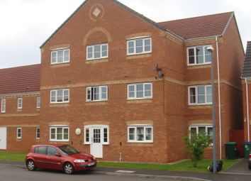 Thumbnail 2 bed flat to rent in Sannders Cresent, Tipton