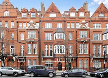 Thumbnail 4 bedroom flat to rent in Cadogan Gardens, Chelsea, London