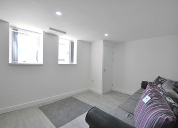 Thumbnail 4 bedroom flat to rent in City Road, Cardiff