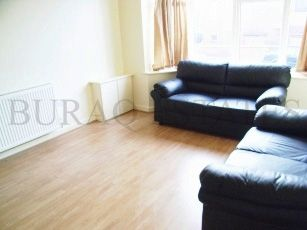 Thumbnail 7 bed property to rent in Longford Place, Bills Included, 7 En Suit Rooms, Manchester