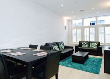 Thumbnail 2 bed town house for sale in Chapter Street, London