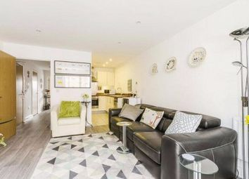 Thumbnail 1 bed flat to rent in West Hall Road, Richmond